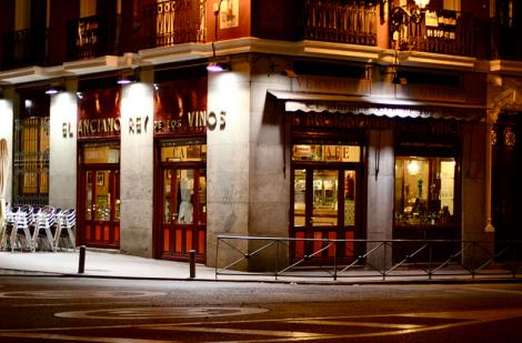 Vermut en El Anciano Rey de los Vinos en Madrid, foto de Axel Rouvin en Flickr