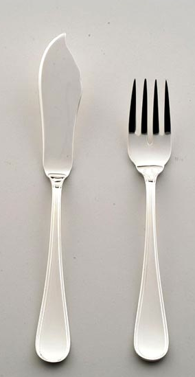 Cubiertos de pescado: tenedor y pala